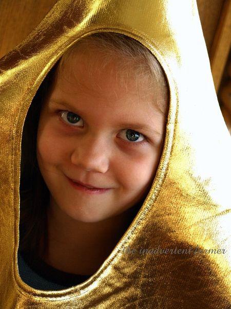 Blue eyed girl star