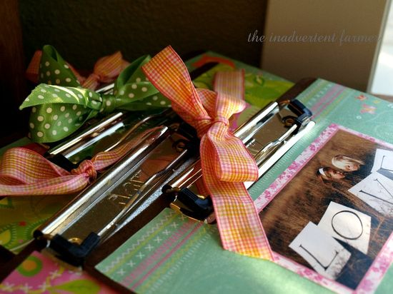 Ribbons bows clipboards gift