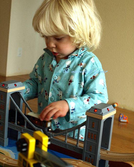 Train set little boy bridge