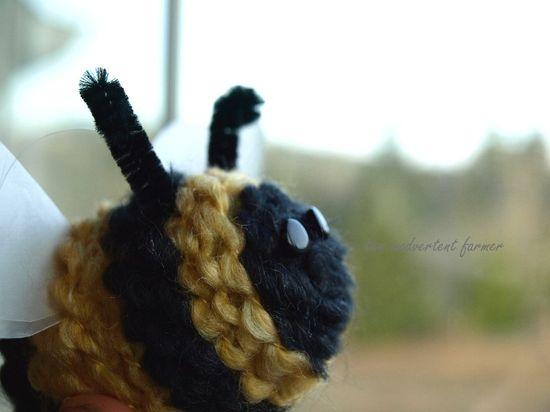 Spring bee yarn kids craft7