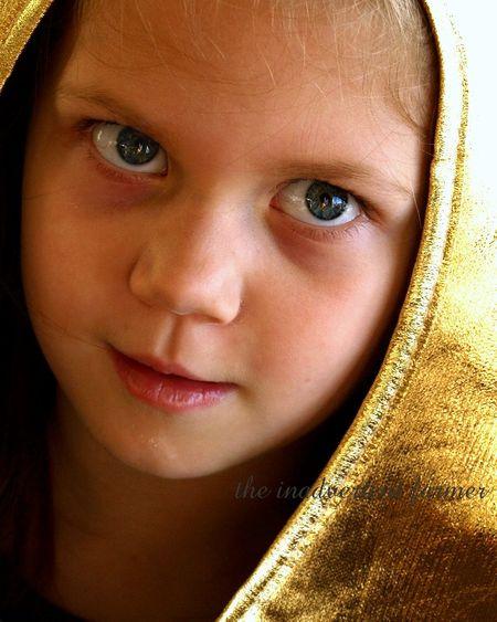 Golden blue eye girl star