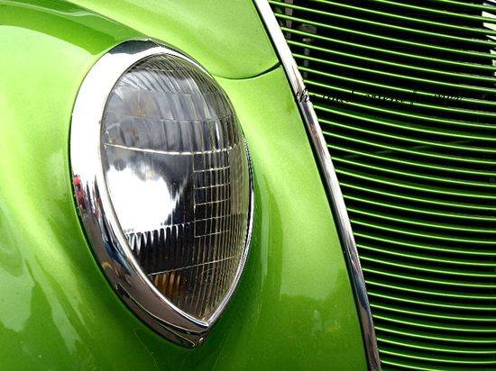 Sexy green hotrod teardrop chrome headlight grill