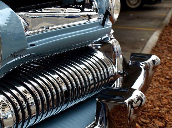 Chrome grill round curved blue hotrod classic bumper
