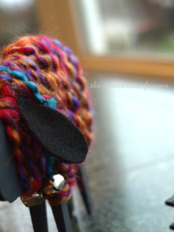 Baabaa Black Pink And Blue Sheep An Easy Yarn Craft The