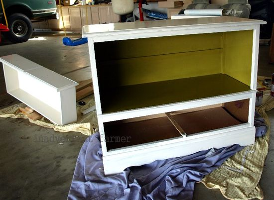 Credenza green white paint