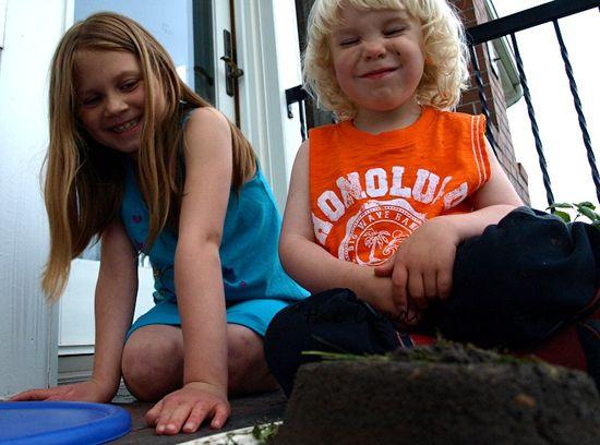 Mud sand cake kids