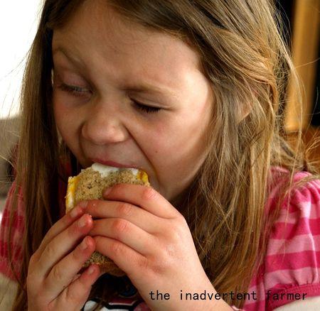 Big kids egg sandwich girl1