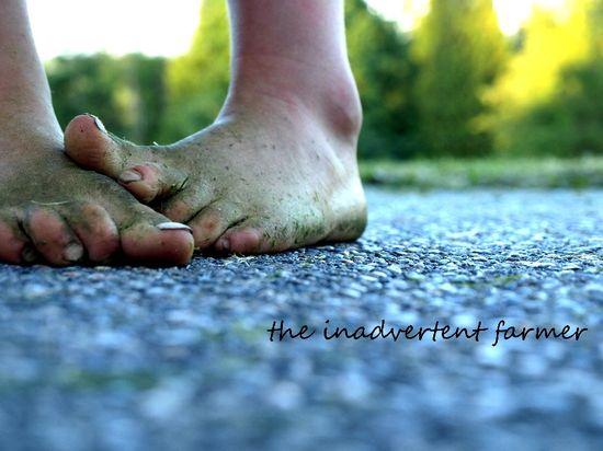 Feet bare grassy girl