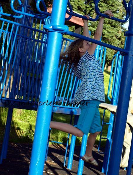 Playground rings girl blue