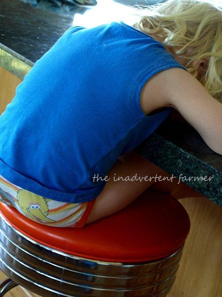 Sleeping boy stool blond big bird