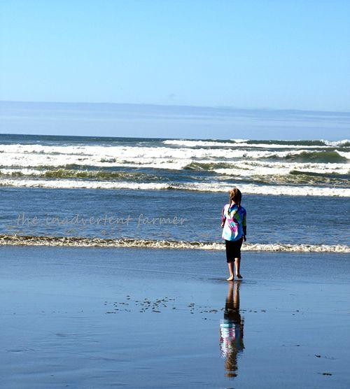 Beach reflection girl