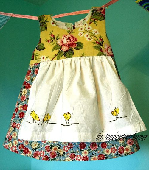Apron chicken dress