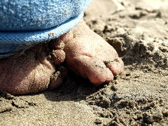 Sandy toes